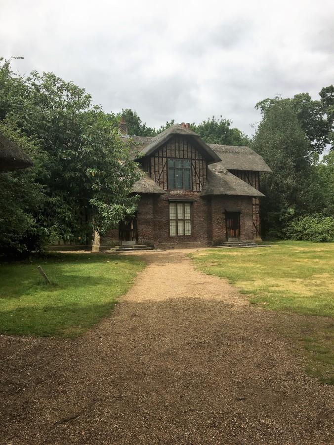 Kew Gardens Cottage