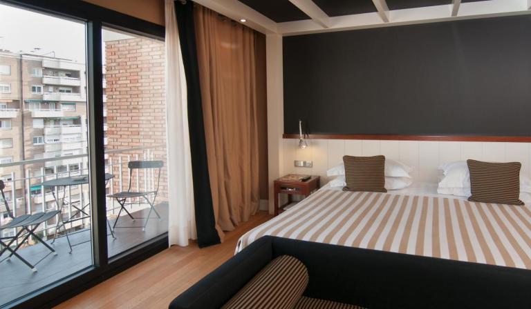 u232-plus-room-hotel-u232-2-450