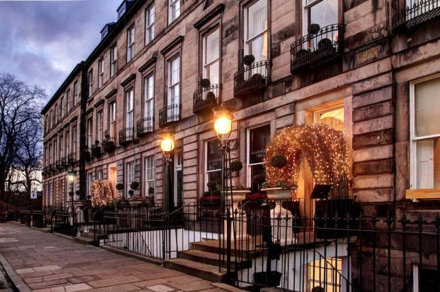 Edinburgh Hotel Accommodation Travel